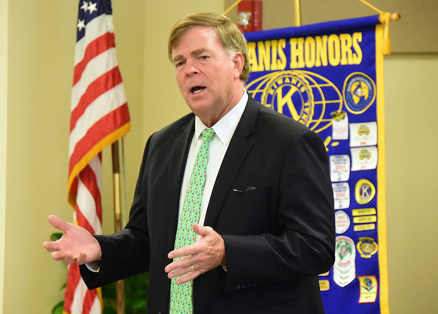 Huntsville Mayor Tommy Battle was the guest speaker at Monday's meeting of the Kiwanis Club of Jasper.