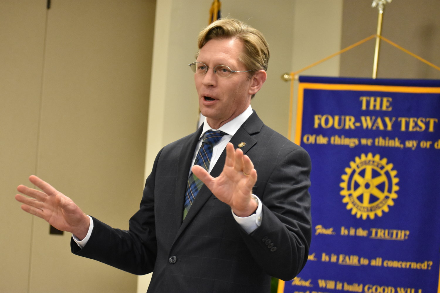 State Superintendent of Education Eric Mackey speaks to the Rotary Club of Jasper in December.