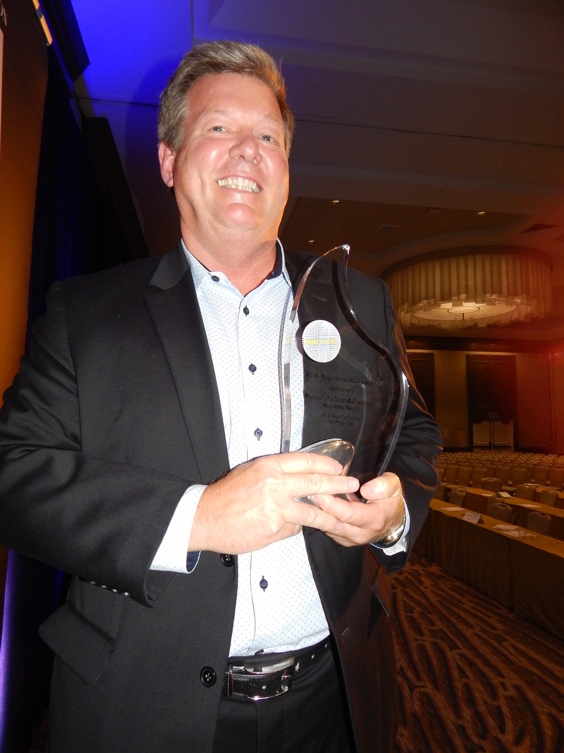 Congratulations to the Honolulu Star-Advertiser, recipient of the 2018 Mega-Innovation Award.  The award was accepted by David Kennedy, chief revenue officer, Oahu Publications, Inc. LEARN MORE