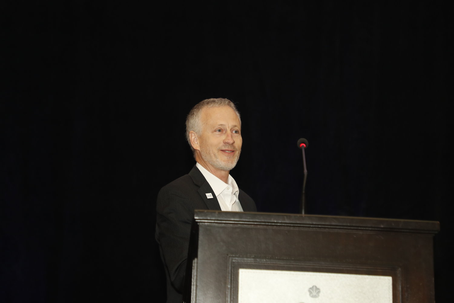 Dean Ridings, CEO of America's Newspapers, at the 2020 Mega-Conference. (Photo by Bob Booth)