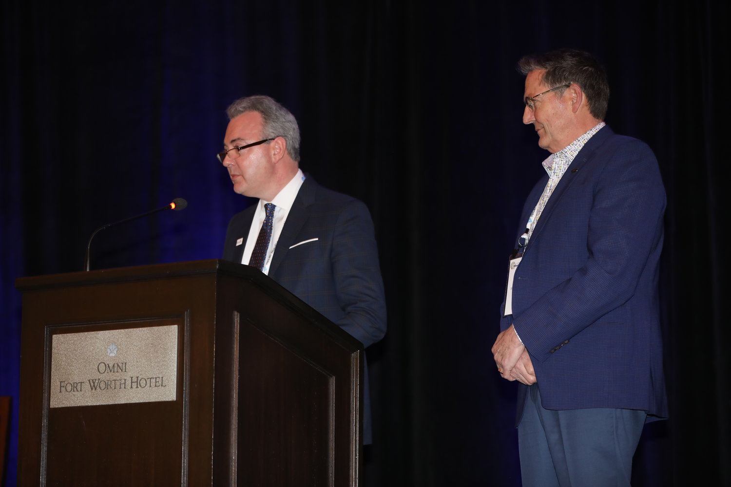 Chris Reen and Bob Brown welcome attendees to the 2020 Mega-Conference. (Photo by Bob Booth)