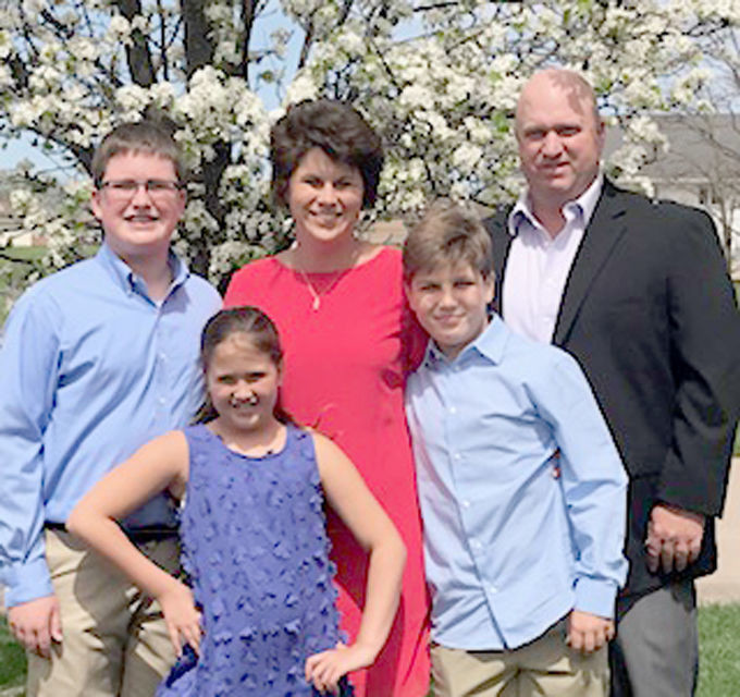 S.J. Madden and family, from left: sister Charlotte, mom, Mary Beth, brother Seth and dad, Scott.