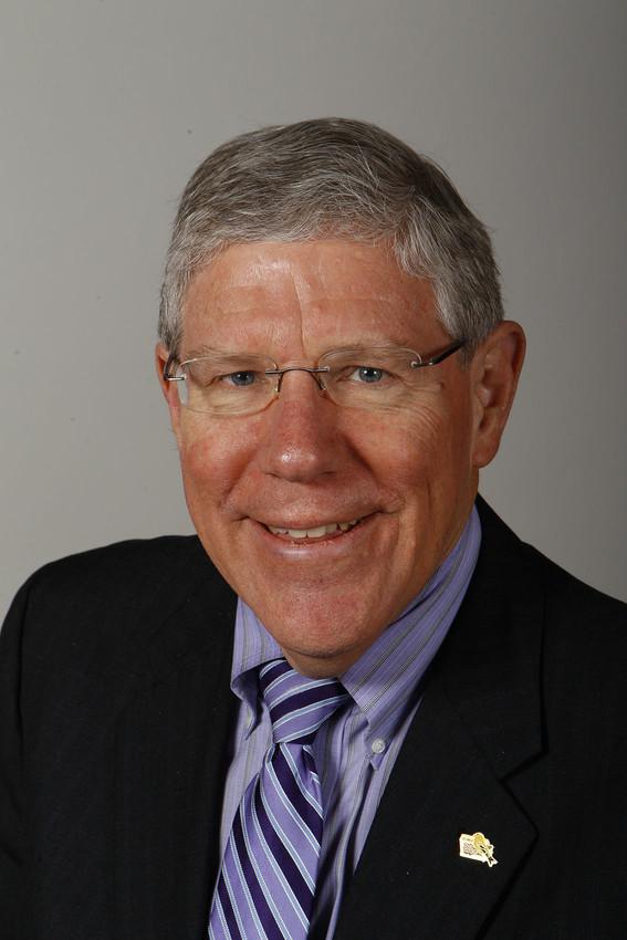 Sen. Bob Dvorsky, D-Iowa