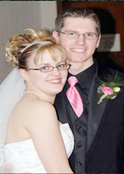 Pulliams celebrate 10 years of marriage