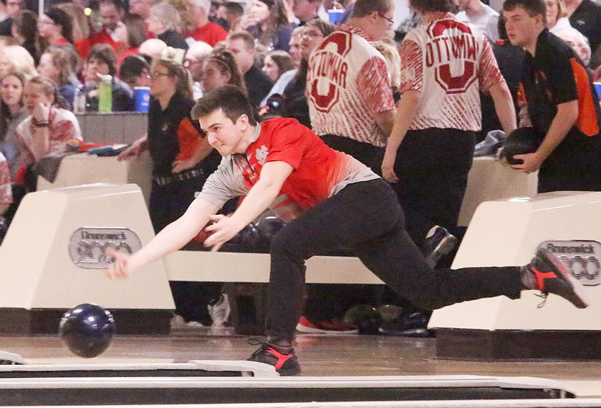 Utilizing a two-handed delivery that is growing more and more popular among bowlers, North Scott junior Brock Larson rolled his way to the top echelon of high school bowlers with a second-place individual finish at the State Bowling Tournament in Waterloo on Thursday. Larson, who just started bowling 18 months ago, began his day with an impressive 279, and then added a 235 for 514 two-game series. Oskaloosa's Dylan Van Wyk finished first with a 525, thanks in part to a near-perfect 299 in his second game. The Lancer boys' team finished sixth in the final team standings.