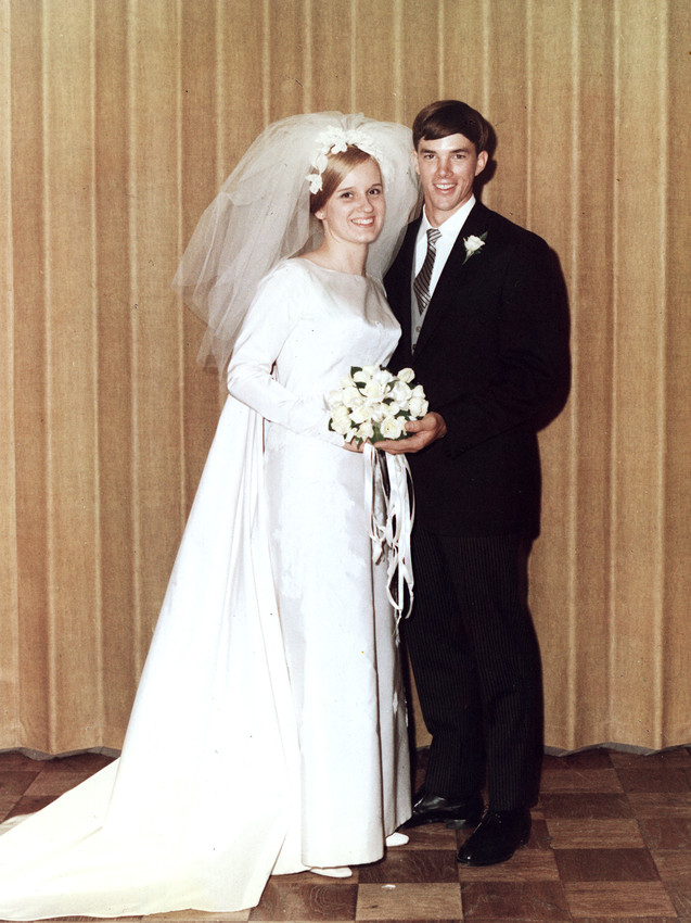 Mr. and Mrs. Bill Lillis