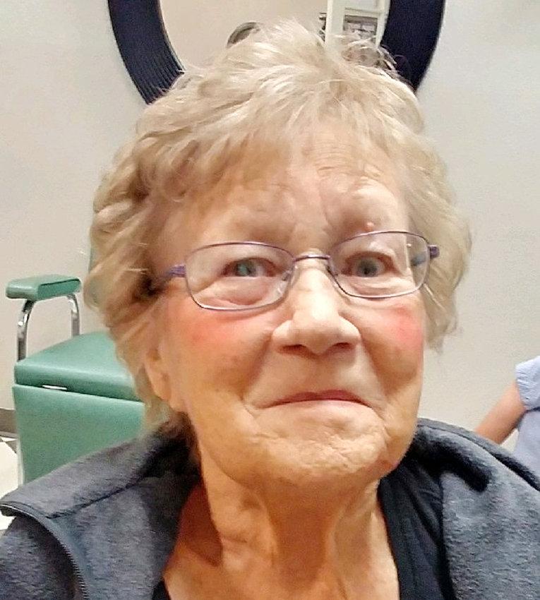 Shirley Ewoldt