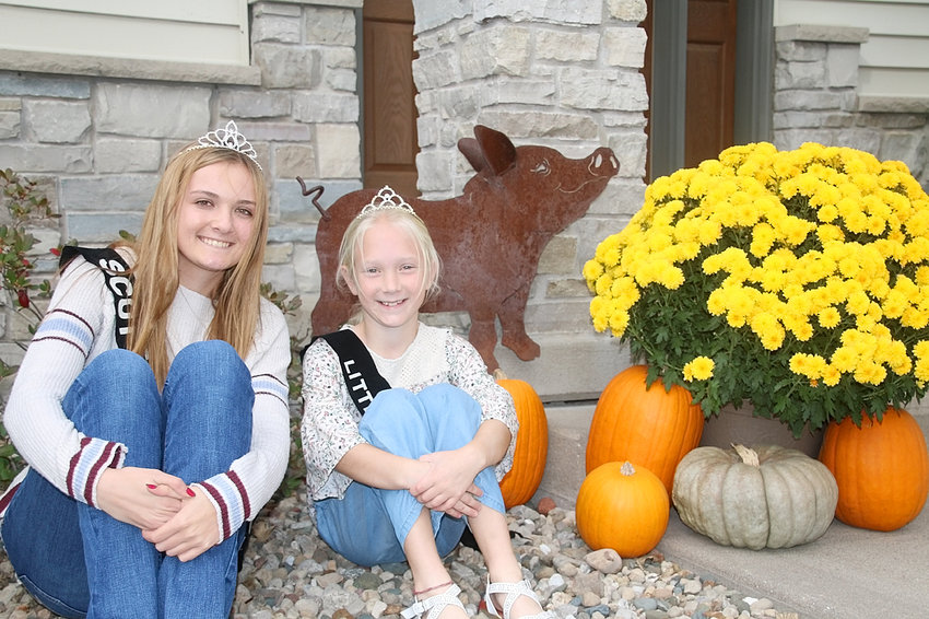 Chloe Engelbrecht (left) and Cora Golinghorst are this year's Scott County Pork Royalty.