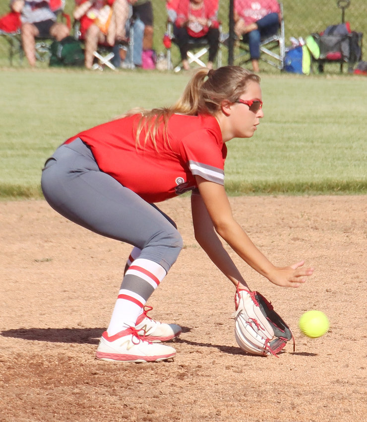 Utilizing superior defense, North Scott opened the 2020 season with a doubleheader sweep at Clinton Monday night. Completing this play in the second inning of the opener were shortstop Taylor Robertson and first baseman Kinsey Newman.
