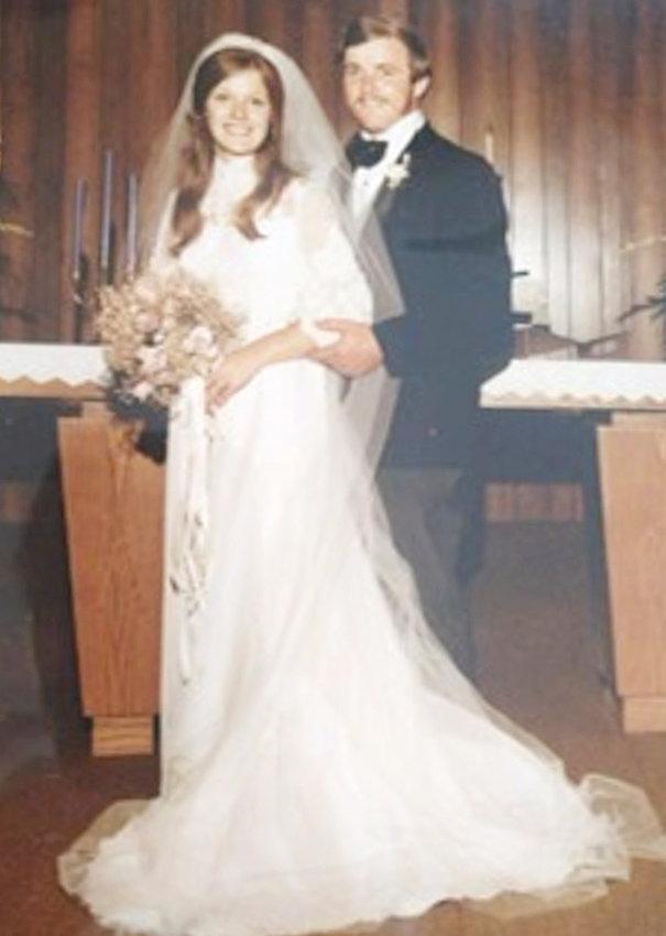 Mr. and Mrs. Dennis Strobbe