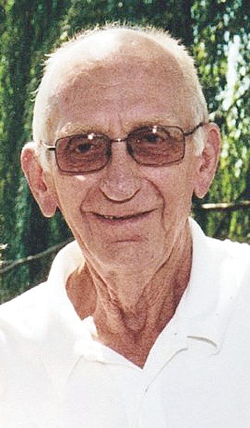 Dennis Dietz