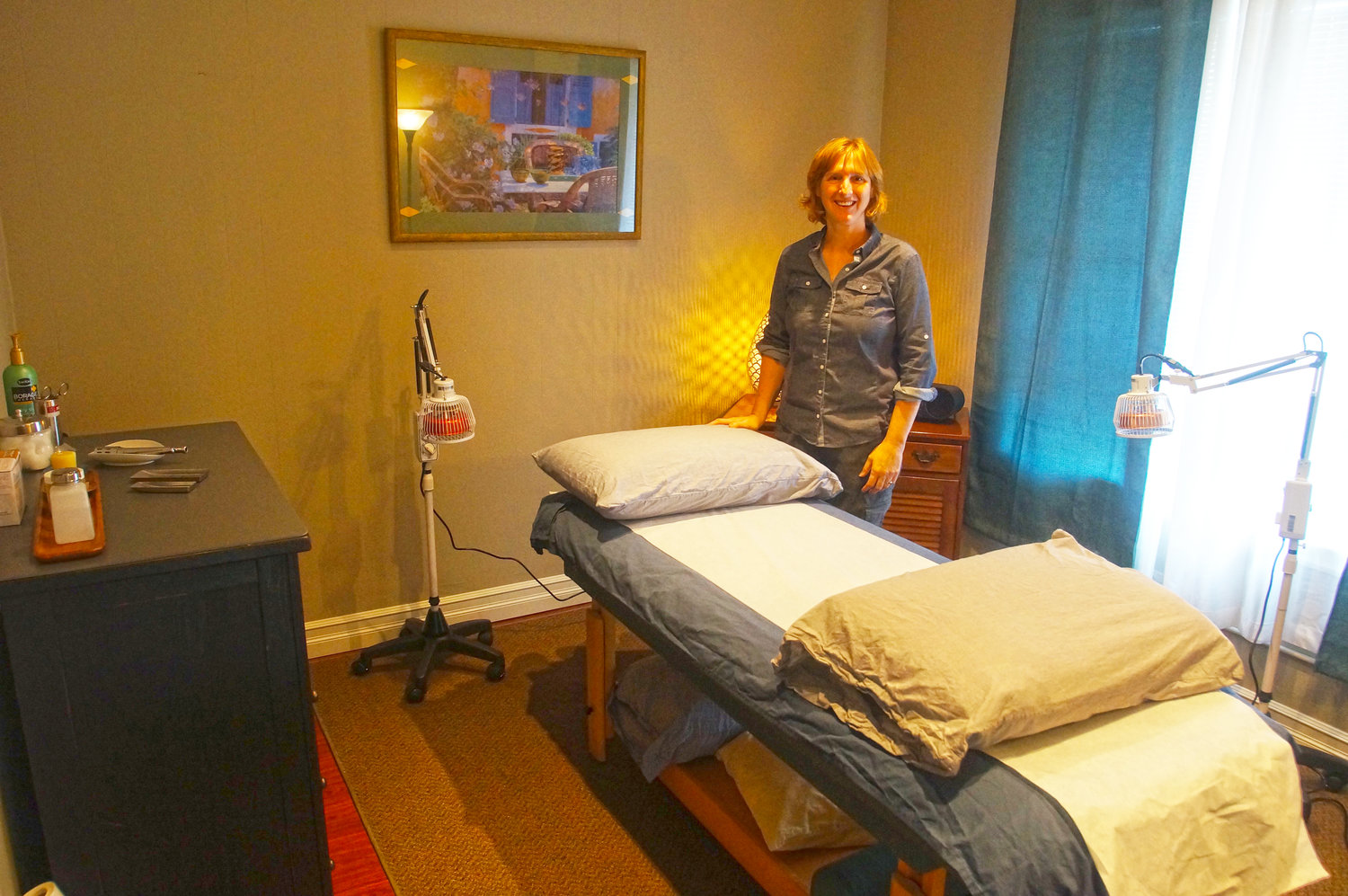 The room where Rand Dennis practices acupuncture in the Blaine Healing Arts Massage Therapy building.
