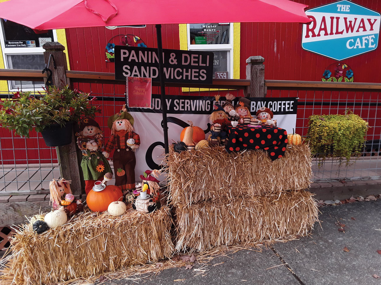 The Blaine Chamber of Commerce's 2020 fall display contest is coming up and entrants must have their displays ready by October 11 for a chance to win a prize. The Railway Cafe won last year's contest. Send a picture of your display to info@blainechamber.com to have it shared on Facebook. Learn more at blainechamber.com