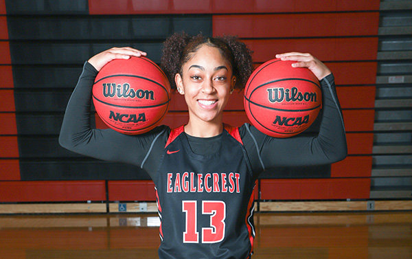 Hidaya Thornton will join the Northwest College women's basketball team as a sophomore transfer this fall. She will be the third player on the Lady Trapper roster from Eaglecrest High school in Aurora, Colorado.
