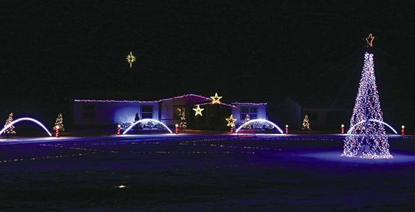 Andy McDonald's synchronized light show on Road 12H south of Powell puts  new meaning in the - Light Shows To Dazzle The Holidays Powell Tribune