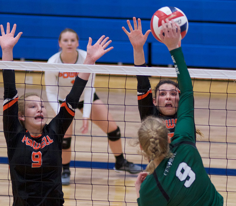 PHS volleyball players Rose Graft, left, and Sabrina Shoopman go up for a block against a Billings Central opponent during the MT/WY Border War Tournament in Cody Saturday. The Lady Panthers lost to Billings Central 3-0, but finished 2-2 for the tournament.