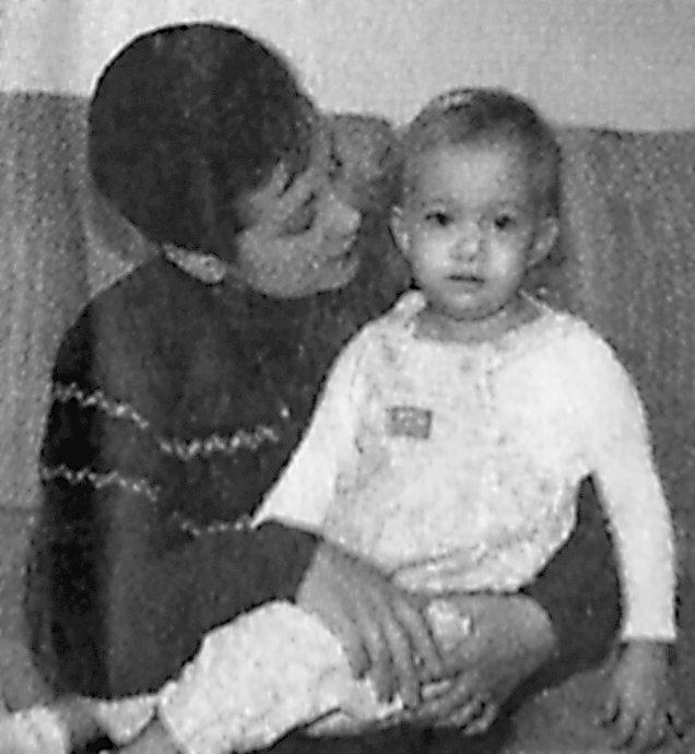 Barbara Simms and Lindsay Truesdale