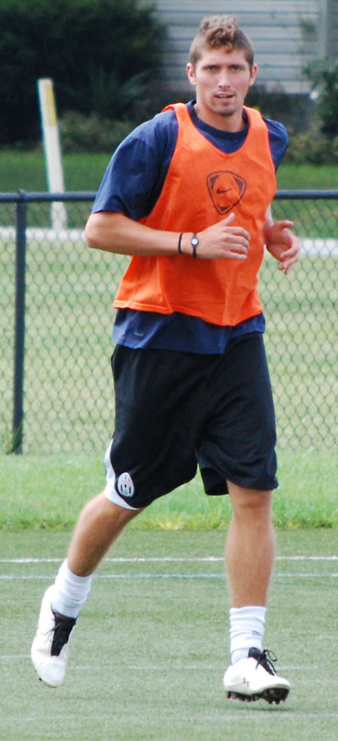 Geoff Bloes is shown working out with the Harrisburg Islanders in this 2010 photo.
