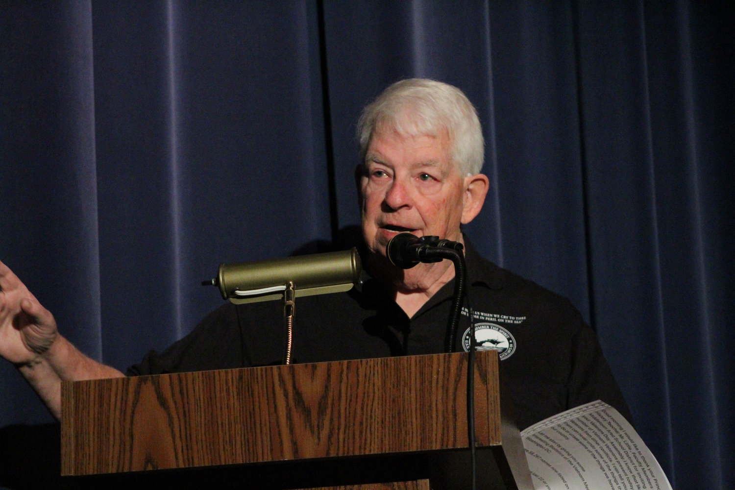 Lou Braasch, better known as radio' Dan Steele, speaks during MAMS Veterans Day Program Nov. 9.