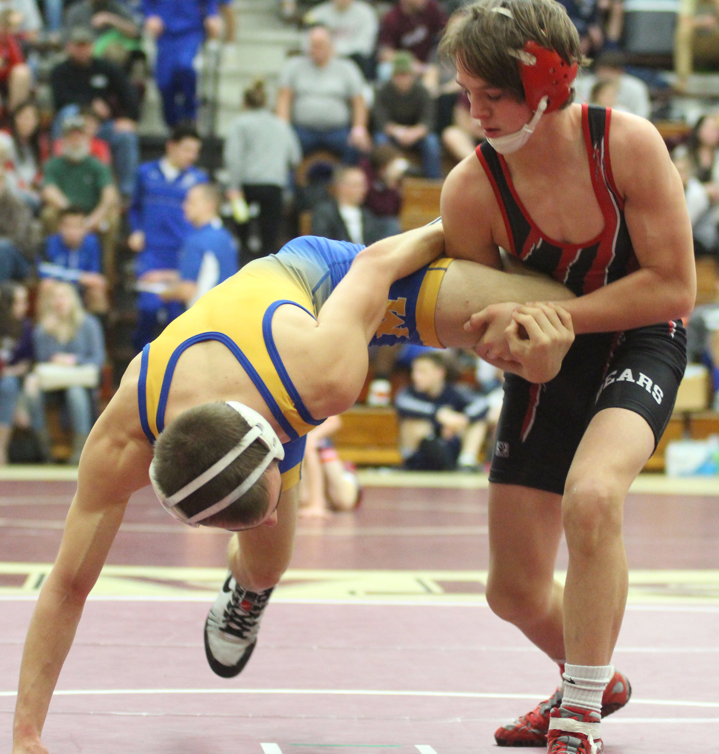 Nate Brady grappled to a 14-5 major decision over Chance Babb of Boyertown in the Governor Mifflin Holiday Tournament.