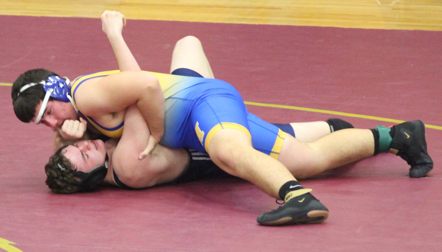 Middletown sophomore Matt Mitchell defeated his first varsity opponent, pinning Devon Datres of Hollidaysburg, in the Governor Mifflin Holiday Tournament.