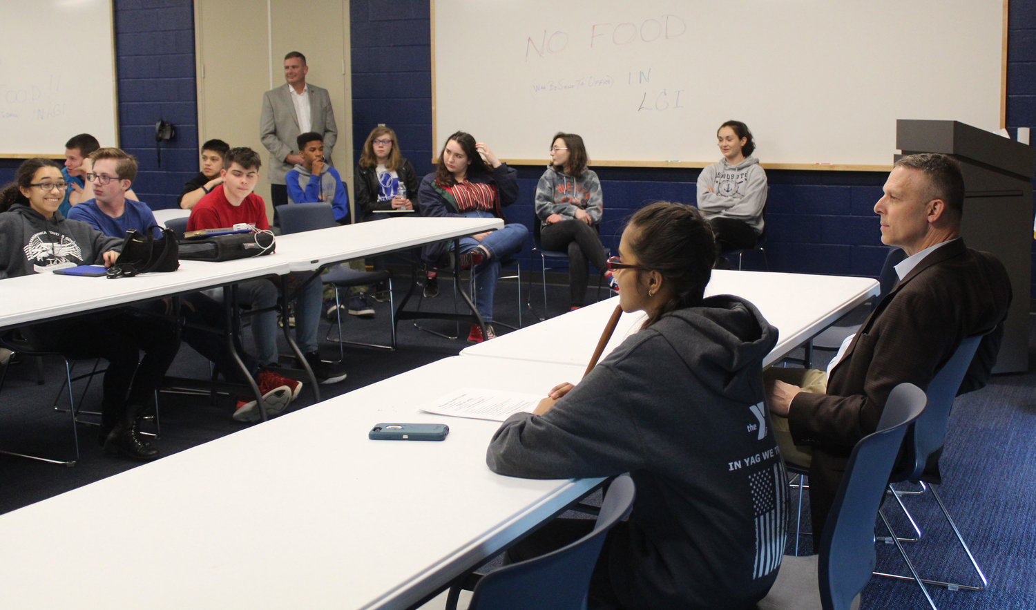 Congressman Scott Perry met with the MAHS Youth & Government Club on May 3.