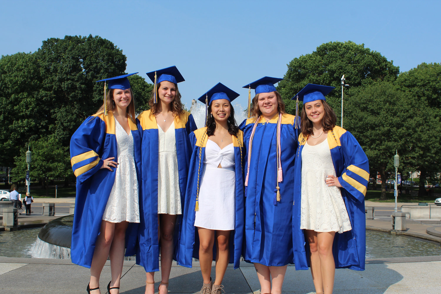 Alexandria Fish, Sophia York, Kaitlyn Knaub, Alexis Fischer, and Adriene Funck pose for photos before MAHS graduation on June 4.