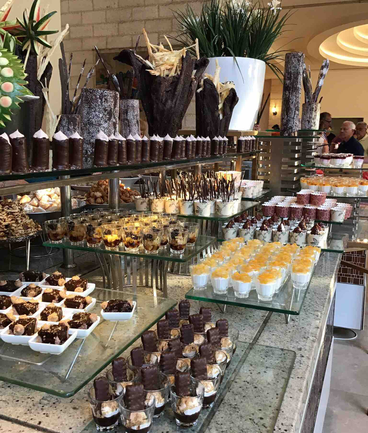 In Israel, buffet dinners had elaborate desserts.
