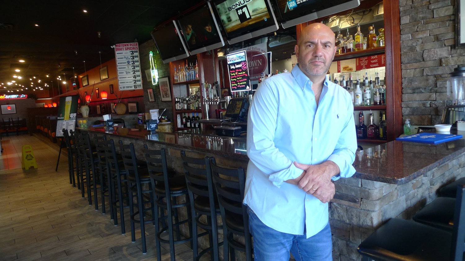 Max Randazzo, the owner of Midtown Pizza, has purchased the former Black Horse Tavern. He will reopen the restaurant under a new name - the Old Coaly Pub. Midtown Pizza will stay as it is, Randazzo says.