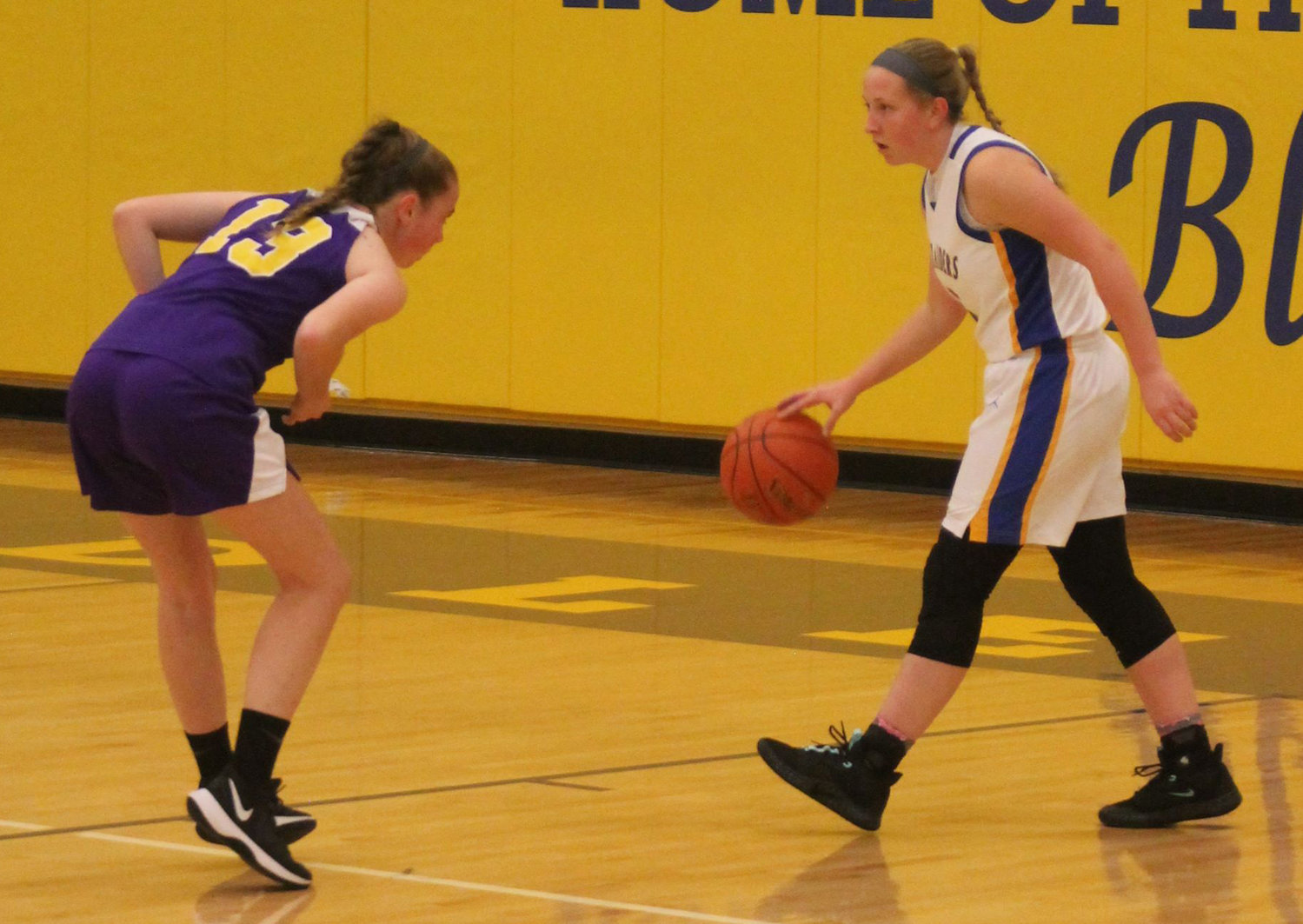 Kate Fitzpatrick brings the ball up the floor Friday vs. Boiling Springs.