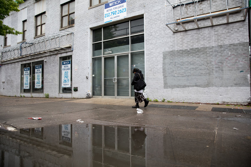 Had everything gone according to plan, a substance abuse clinic would have opened at 5622 Broadway. Yet following widespread opposition from the community and local elected officials, the people behind Ekawa have scuttled their plans to come to Kingsbridge.