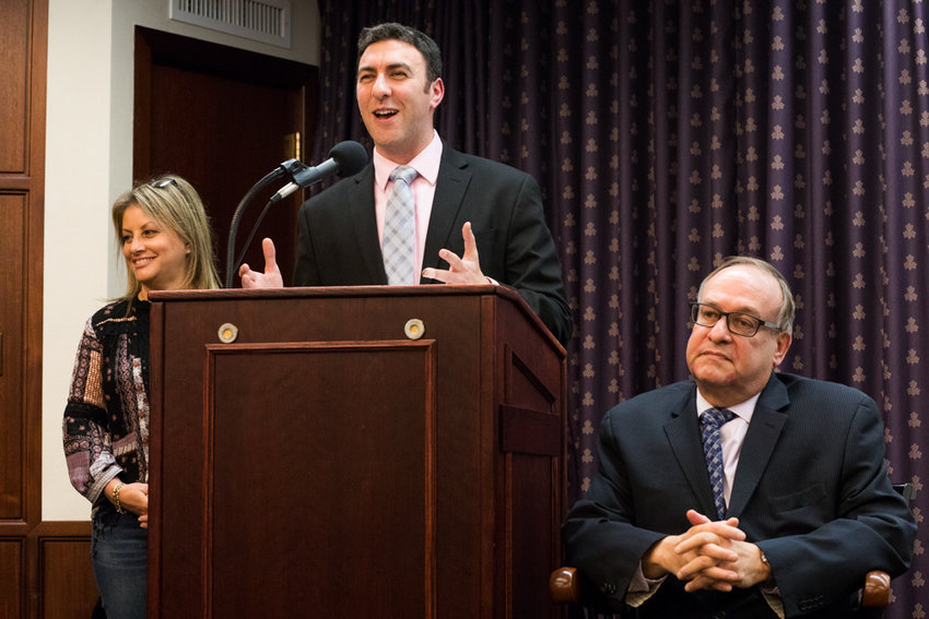 Eric Dinowitz, Democratic district leader for the 81st Assembly District, gives opening remarks at a forum the Ben Franklin Club organized at Manhattan College for public advocate candidates last year. Dinowitz entered the city council race last year, but his since posted erroneously on his campaign website he was endorsed by United Federation of Teachers.