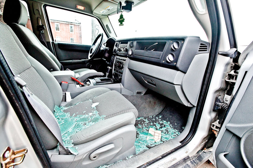 Car break-ins are nothing new in the 50th Precinct, or really anywhere cars are parked. Owners are left to contend with stolen goods and the cost of repairs, like this smashed-in Jeep on Riverdale Avenue in 2014.