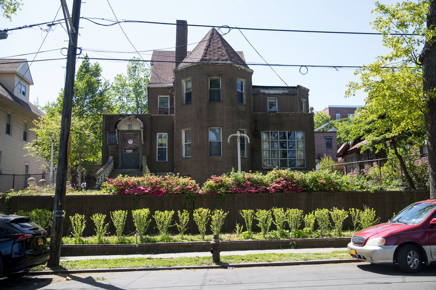 A century-old home on Sedgwick Avenue is set to be demolished, possibly making room for another apartment building across from the Jerome Park Reservoir.