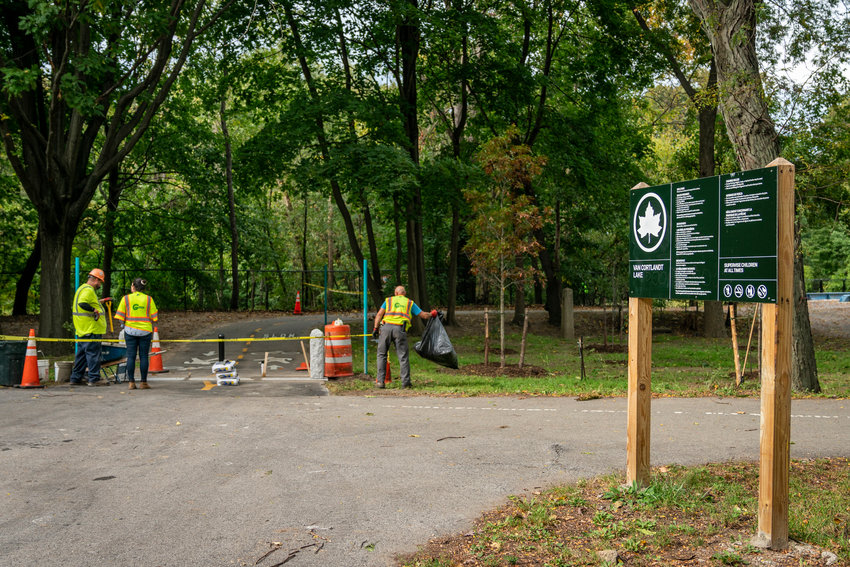 Compacted soil, removal of native and invasive plant species alike, and heat radiating from the asphalt are all concerns of Debbi Dolan — a self-proclaimed longtime lover of Van Cortlandt Park — and some of her peers before the Putnam Trail was paved. Many of those concerns are stronger now that the trail has been reopened.