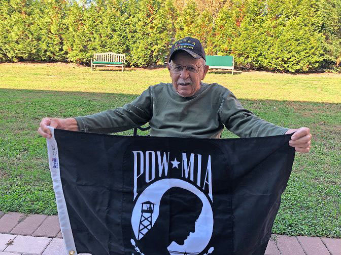 When Irving Liebowitz realized the Hebrew Home at Riverdale was missing a POW/MIA flag, he called on his friends at the Jewish War Veterans post in Merrick to help change that in time for Veterans Day.