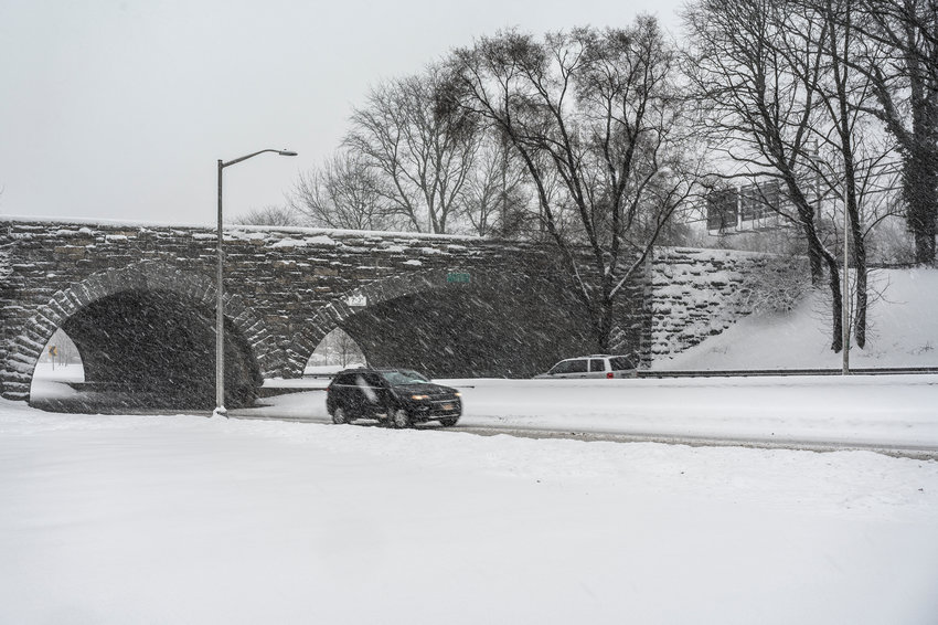 The Henry Hudson Parkway overpass above Mosholu Parkway.
