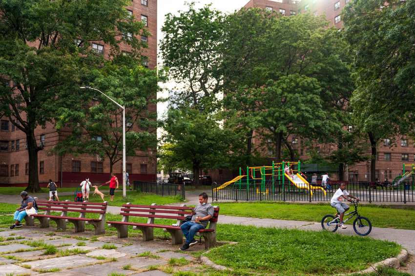 Hispanic tenants at Marble Hill Houses say they feel like they're treated differently because of a language barrier between themselves and those who work for the New York City Housing Authority that manages the buildings. Community Board 8 last year released a Spanish language version of its 2017 housing guide, in hopes of breaking down some of the city's more complex landlord-tenant laws.