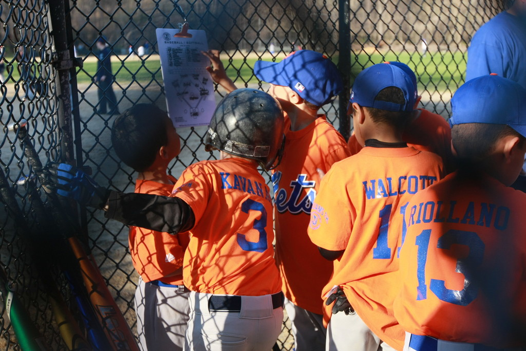 Little Mets check the line up
