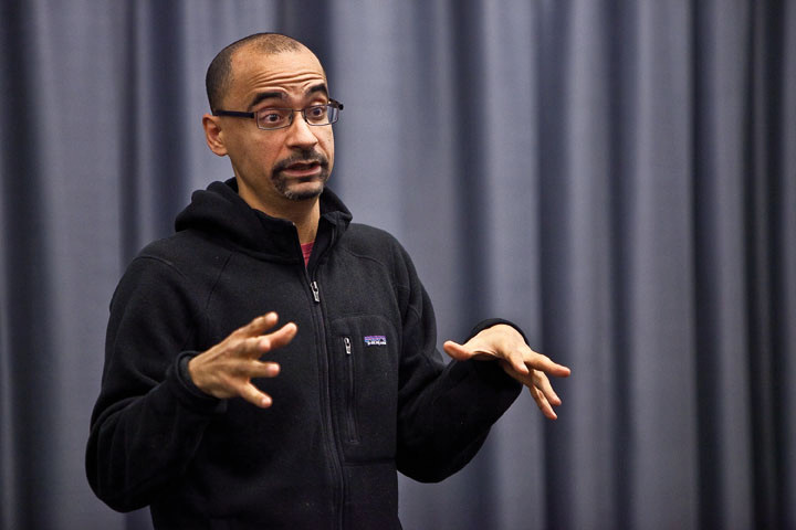 Pulitzer Prize author Junot Díaz speaks at Manhattan College on Feb. 29.