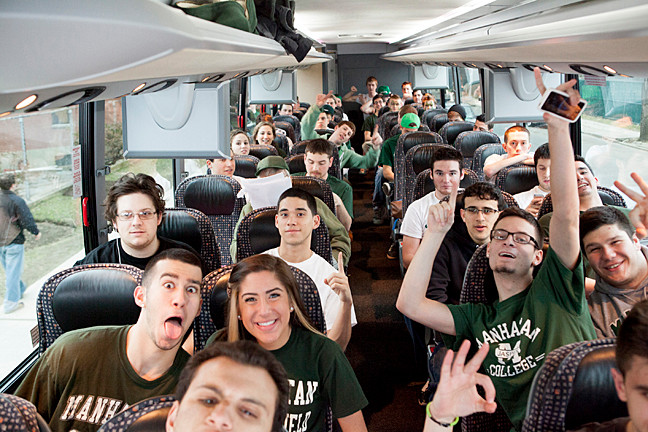Jasper Fans prepare to leave Riverdale for Springfield, Mass. for the MAAC basketball championship.