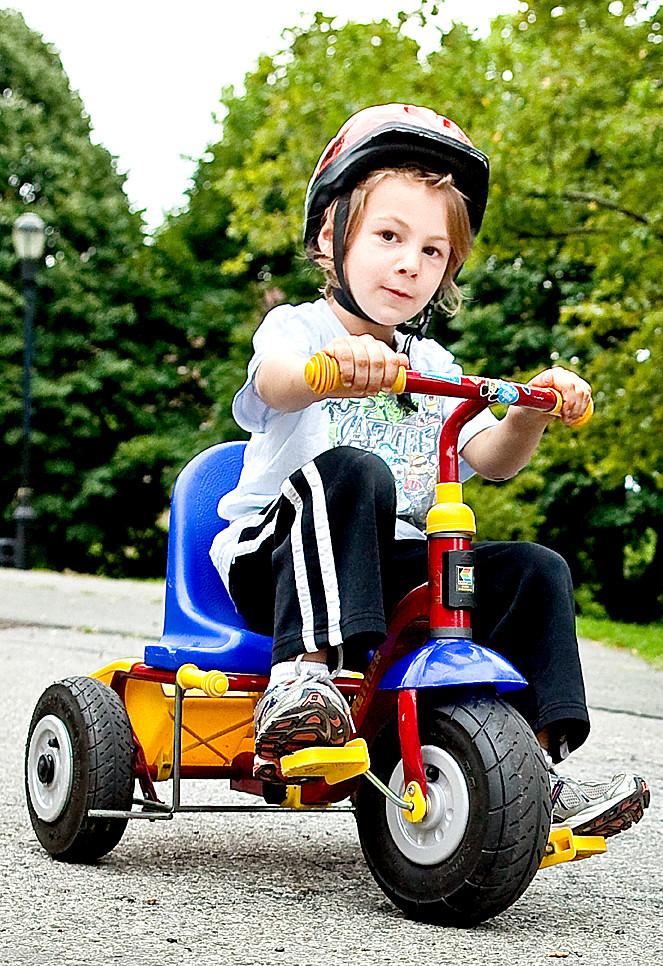 Julian Schatz 3 An Experienced Preschooler At Marble Hill Nursery School And Other