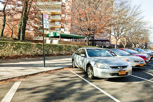A sign residents describe as misleading has resulted in a spate of parking tickets for motorists who use the last space near Independence Avenue and West 237th Street.