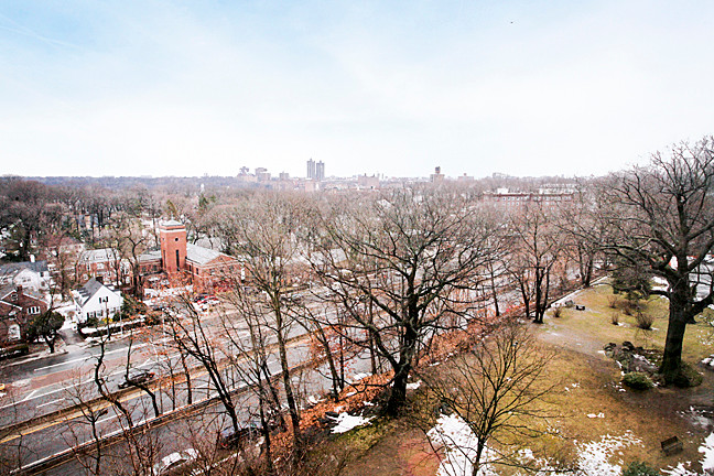 Distant views to the east include Tracey Towers and Van Cortlandt Park.