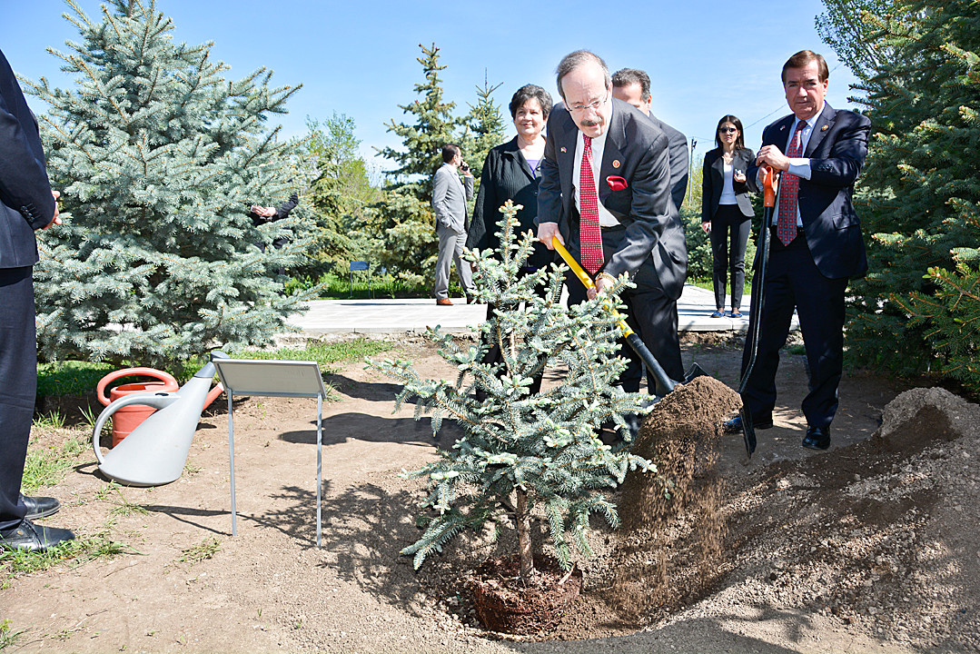 Rep. Eliot Engel plants a tree at the Armenian Genocide Museum-Institute on the outskirts of Yerevan, Armenia on April 24.