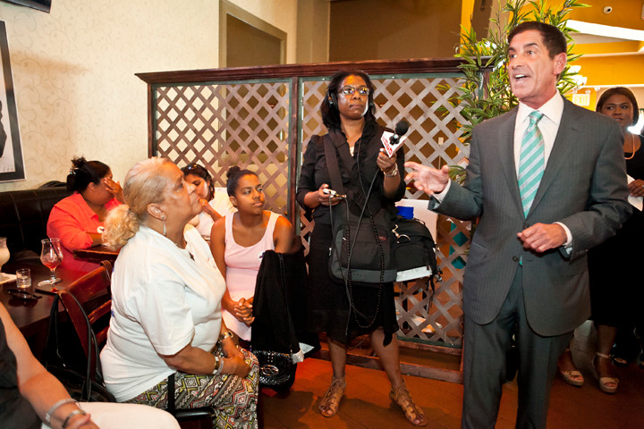 State Sen. Jeff Klein addresses an audience of Latina supporters on Monday, July 28.