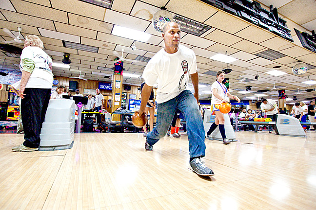 Robert Drummond, former NFL player for Philadelphia Eagles bowls in the B-o-w-l-a-t-h-o-n at Bowlerlandon Oct. 17.