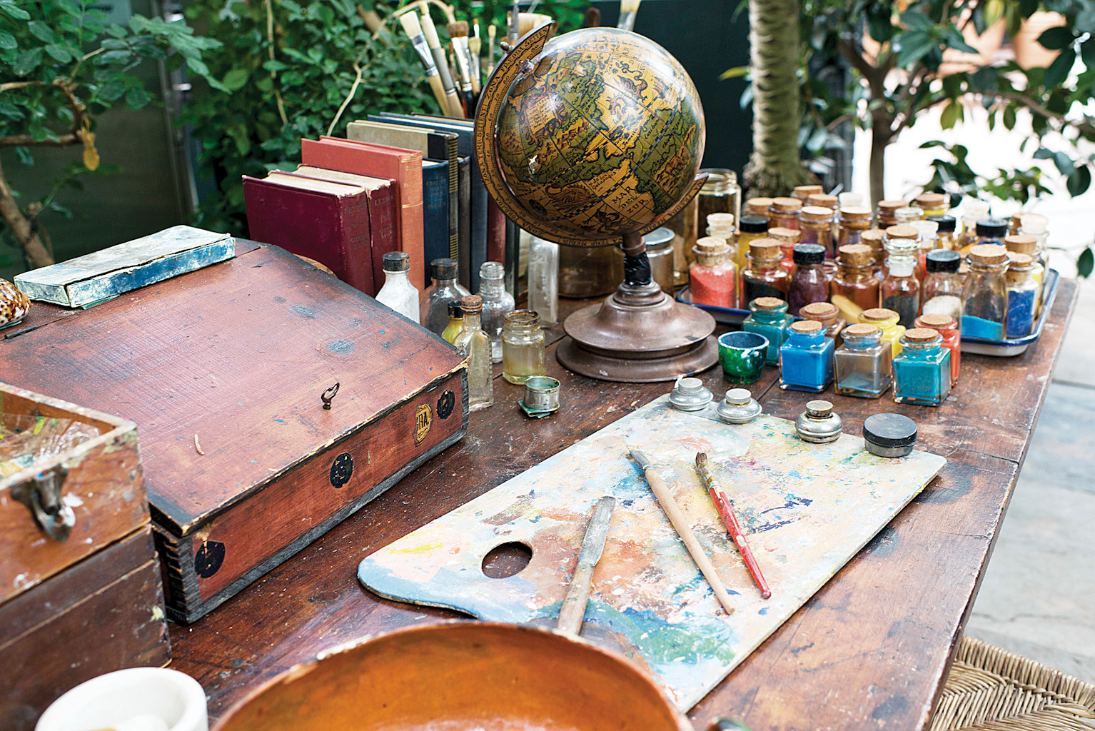 A 're-imagining' of Frida Kahlo's work desk and painting tools.