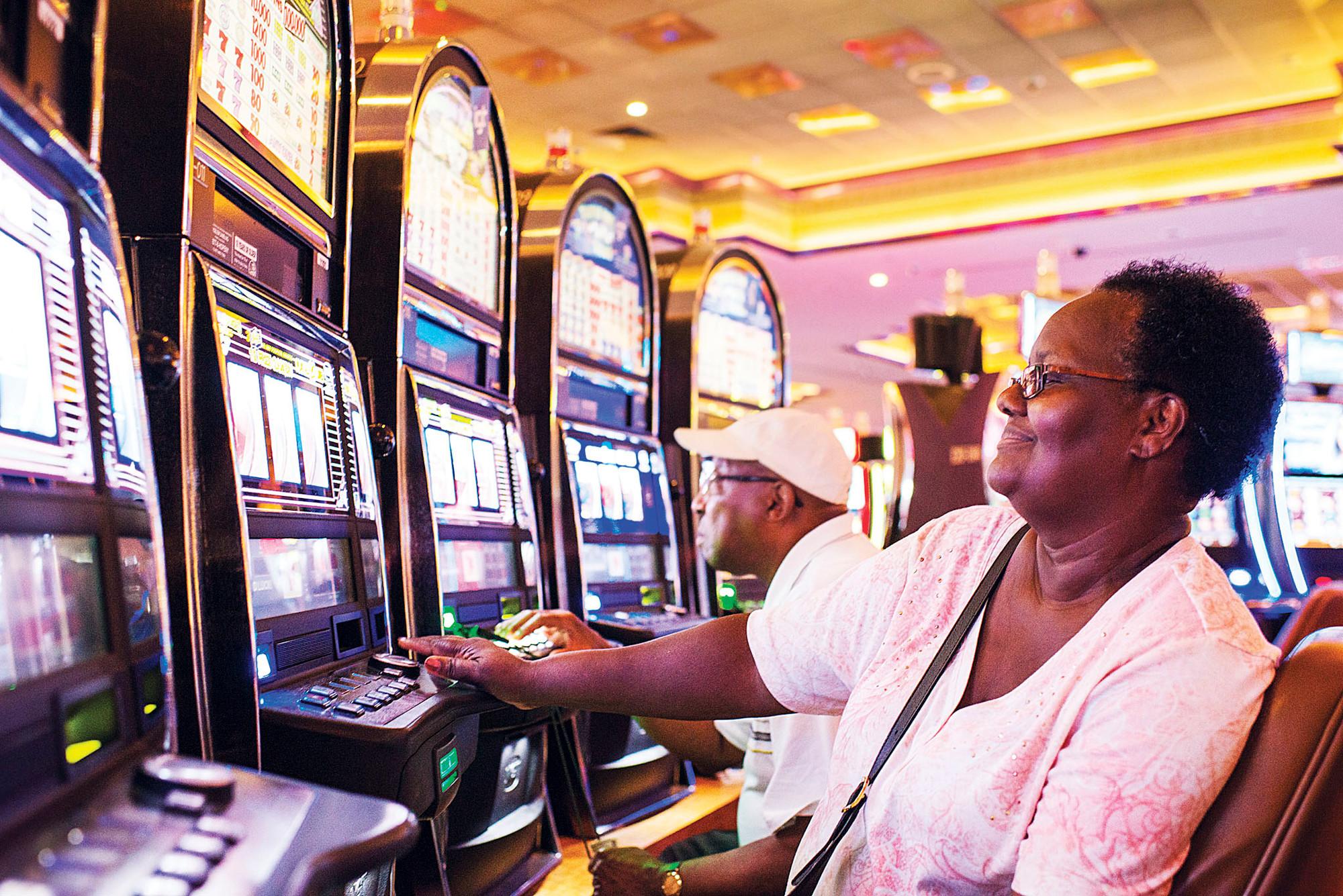 $1 bus to empire casino