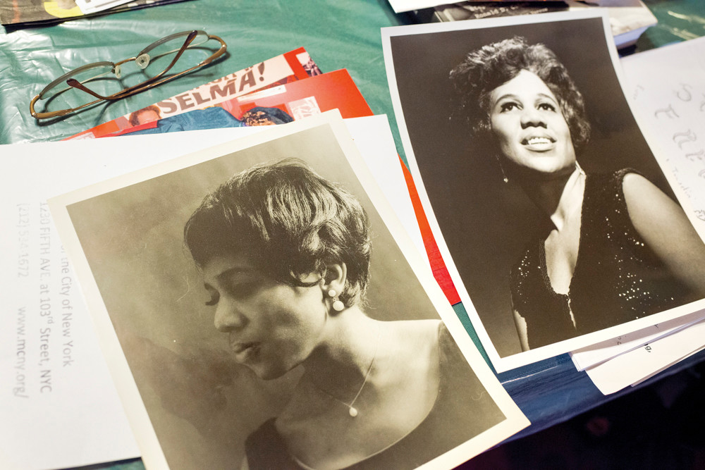 Folk singer and Riverdale resident Delores 'Dee' Dixon in photographs from the1960s and 70s.